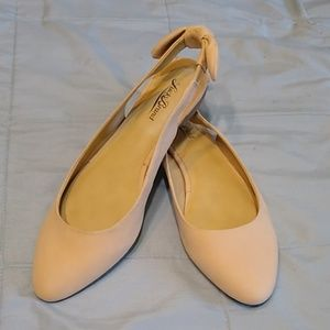 Lucky Brand Alixis Flats Bow Leather 8 1/2 8.5